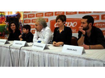 Antalya'da 'iftarlık Gazoz' Filmi Galası Yapıldı