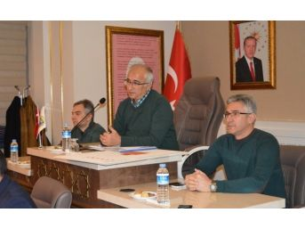 """Başkan Güler'in Muhtarlarla """"istişare"""" Toplantısı"""