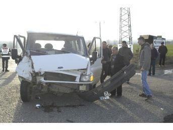 Nikah Öncesi Feci Kaza: 2 Yaralı