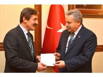 Erzincan Üniversitesi'nden Bayırbucak Türkmenlerine Yardım