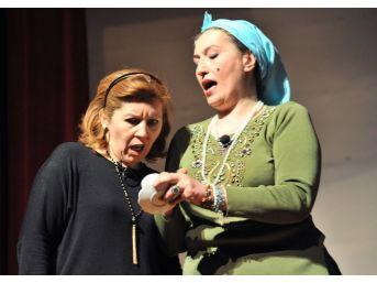 Altındağlı Kadınlardan Tiyatro Gösterisi
