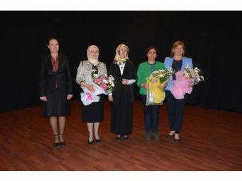 Uygur, Kadınların Siyasetteki Yüzü Olmayı Anlattı