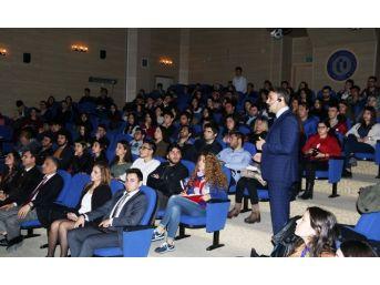 Uşak Üniversitesi'nde