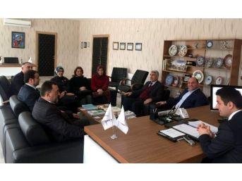 Ak Parti'den Tkdk'ya 'hayırlı Olsun' Ziyareti