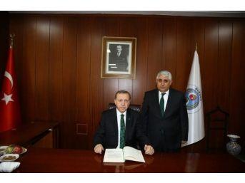 Sorgun Belediye Başkanı Ahmet Şimşek Cumhurbaşkanı Erdoğan'ı Çok İyi Bir Şekilde Karşılayan Sorgun Halkına Teşekkür Etti