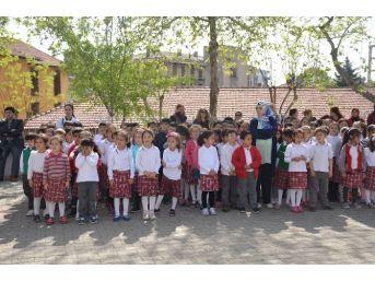 Bilecik Kozabirlik İlkokulu'nda Kutlu Doğum Haftası Kutlandı