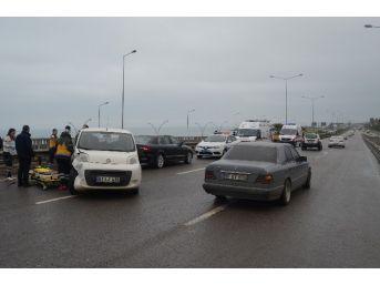 Trabzon'da Yağışlı Hava Zincirleme Trafik Kazalarına Neden Oldu