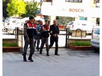 Dolandırıcıyı Jandarma Devriyesi Yakaladı
