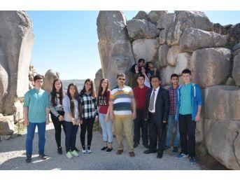 Kırıkkale'li Öğrenciler Hititlerin Başkenti Hattuşaş'ı Gezdi