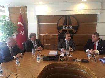 Milletvekili Çaturoğlu Kgm'yi Ziyaret Etti