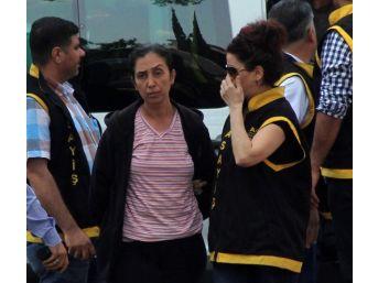 İki Çocuk Annesi 10 Bin Liraya Bar Kundaklattı