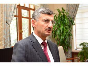 Manisa Valisi Bektaş: