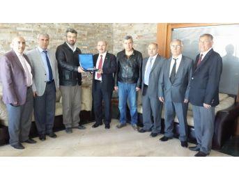 Defterdar Yaşar Kısa'dan Mükelleflere Teşekkür Ziyareti