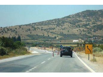 Duble Yol Projesi İçin Servis Yolu Kullanılıyor