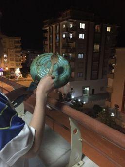 Kilis'te Tencere Ve Tavalı Roket Protestosu