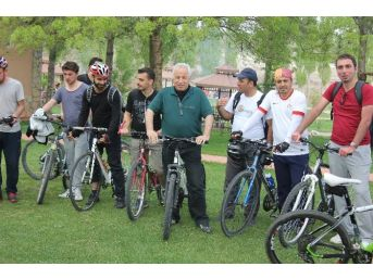 Seyfe Gönüllüleri Farkındalık Oluşturmak İçin Pedal Çevirdi