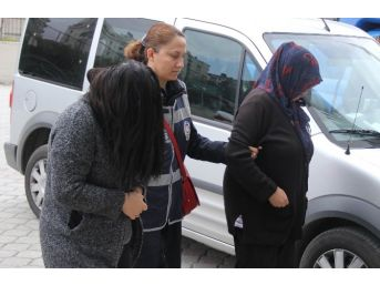 Anne-kız Telefon Hırsızlığından Gözaltına Alındı