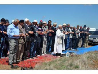 Sorgun'da Çiftçiler Yağmur Duasına Çıktı