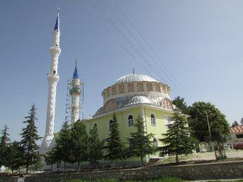 Sandıklı Reşadiye Köyü Camisine Yeni Minare