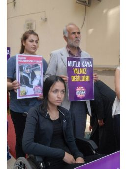 Kadın Cinayetlerini Durduracağız Platformu'ndan Mutlu Kaya'ya Destek