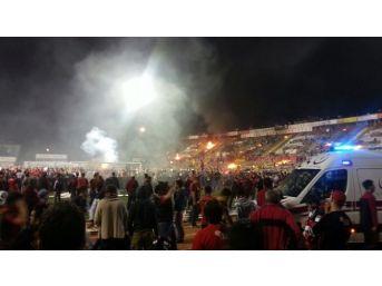 Eskişehir'de Maç Sonu Ortalık Karıştı