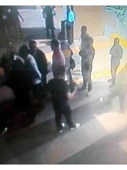 İzmir Adliyesi'nde Bomba Paniği
