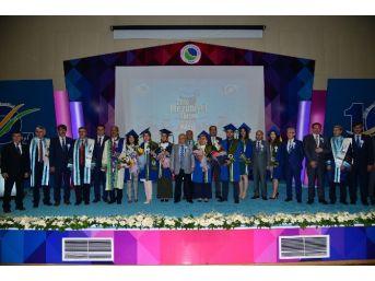 Ahi Evran Üniversitesinde Mezuniyet Töreni Düzenlendi