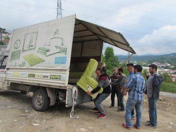 Yurtkur'lu Öğrencilerden İhtiyaç Sahiplerine Yardım