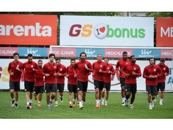 Galatasaray, Fenerbahçe Maçının Hazırlıklarına Başladı