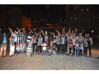Azdavay'da Beşiktaş Taraftarları Şampiyonluğu Kutladı