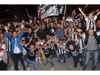 Beşiktaşlılar, Fikret Orman'ı Şampiyonluk Kupası İle Birlikte Kırşehir'e Davet Edecek