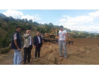 Büyükşehir'den Demirci'de Kırsal Hizmete Devam