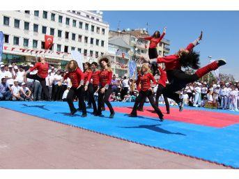 Manisa'da 19 Mayıs Coşkusu