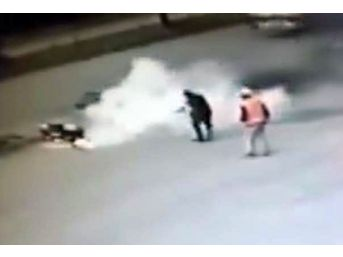 Yozgat'ta Seyir Halinde Alev Alan Otomobil, Vatandaşlar Tarafından Söndürüldü