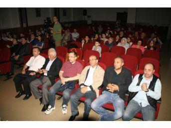Ahmet Taner Kışlalı Ortaokulundan Şiir Dinletisi