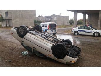 Kayganlaşan Yolda Otomobil Takla Attı