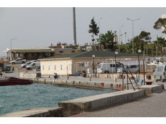 Eski Yolcu İskelesi Gemi Atık Merkezi Haline Geldi