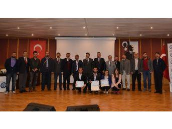 Bü'de Girişimcilik Ödülleri Verildi