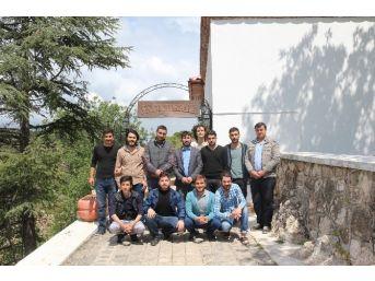 Bilecik Mostar Gençlik Gönüllüleri Tarihi Mekanlara Gezi Düzenledi