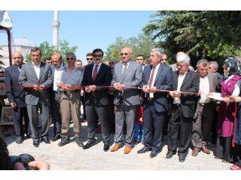 Sungurlu'da Halk Eğitim Sergisi Ve Tubitak Bilim Fuarı Açıldı