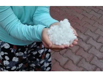 Elazığ'da Dolu Ve Kuvvetli Yağış Etkili Oldu