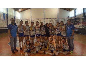 Merinosspor Küçük Kızlar Voleybol Takımı Türkiye Finallerinde