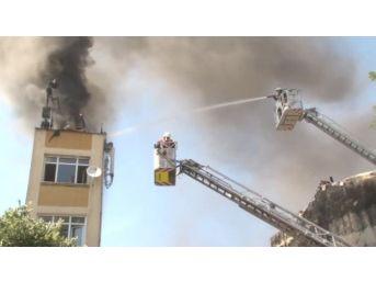 Fatih'te Çıkan Yangın Kurtarma Rezaletine Sahne Oldu