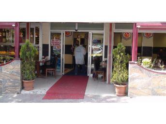 (özel Haber) Maltepe'de Kafeye Silahlı Saldırı