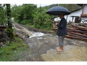 Uzun, Yağmurdan Zarar Gören Köylerde İncelemelerde Bulundu