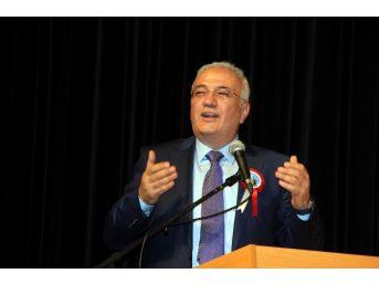 Ekonomi Eski Bakanı Mustafa Elitaş'a 'yılın Ahisi' Ödülü Verildi