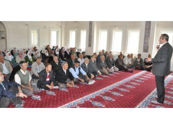 Simav'da Hacı Adaylarına Seminer