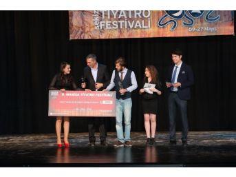 Manisa 8'inci Tiyatro Festivali'nin Ödülleri Sahiplerini Buldu