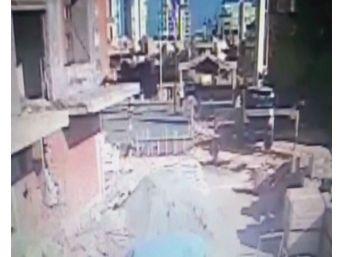 Mersin'de 1 İşçinin Öldüğü İnşaattaki Göçük Anı Kamerada