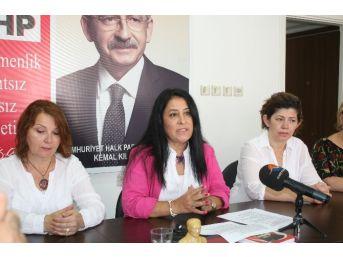 Chp'li Kadınlardan Boşanma Komisyonunun Raporuna Tepki